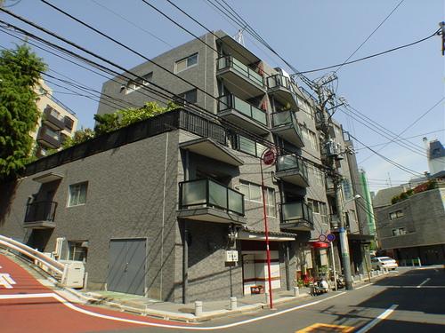 ハイツ赤坂 410号室