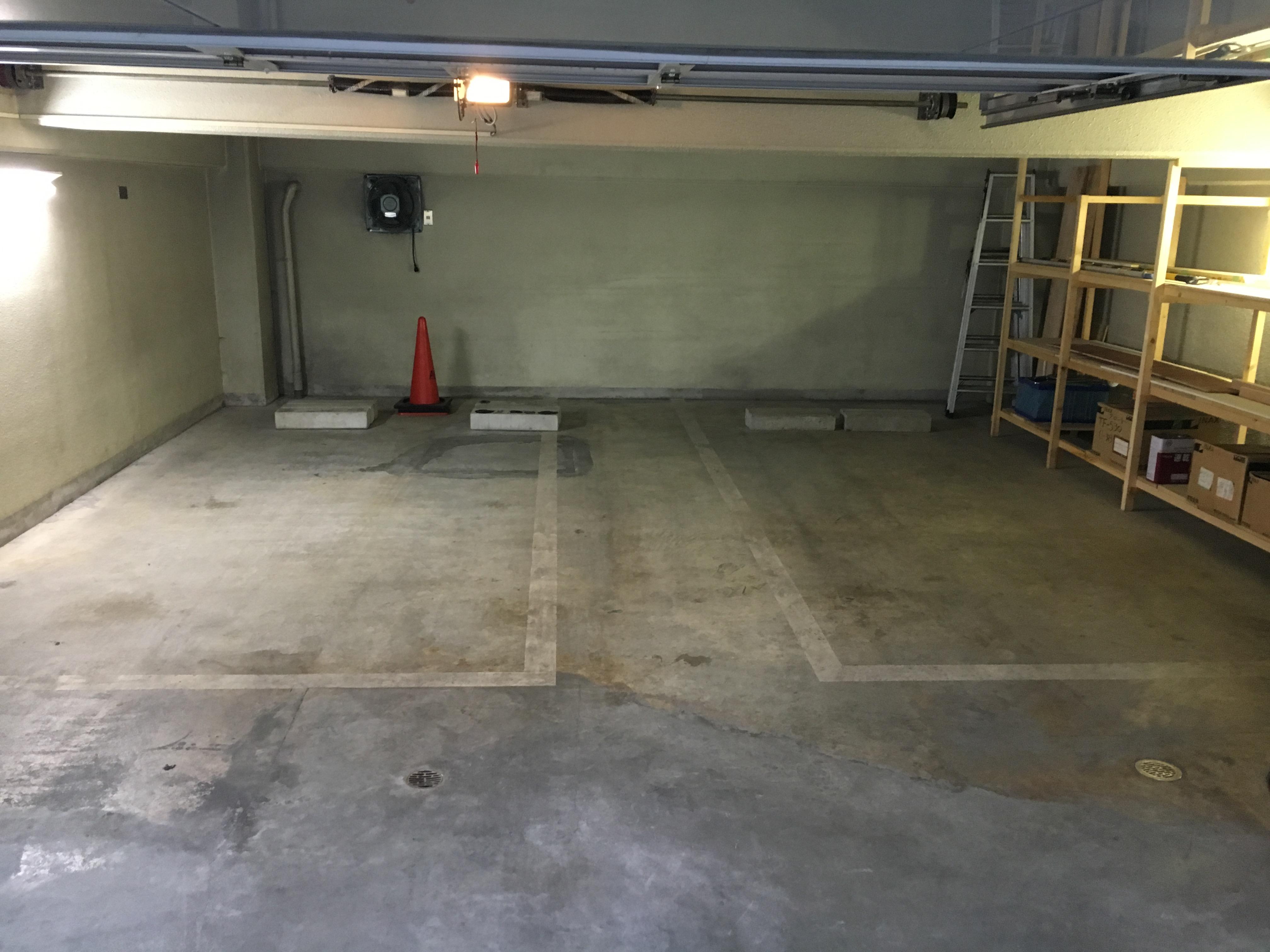 地下1階駐車場兼倉庫※別途賃貸可